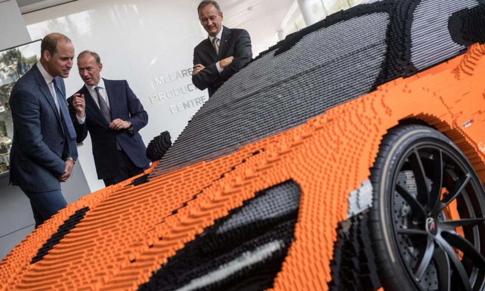 Μια McLaren 720S από 280.000 τουβλάκια Lego